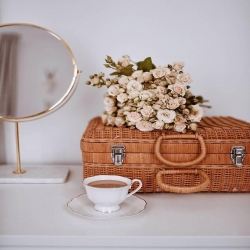 . Buenos, bonitos y maravillosos días de Sábado!!! . . Nos vemos por Nineta a partir de las 10:30h y hasta las 14:00h para pasar la mejor mañana de shopping  . . 24h👉🏼www.ninetatorrente.com