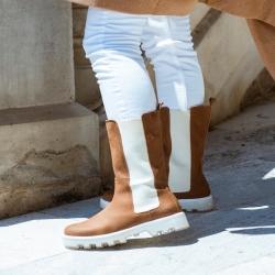 . Las botas más 🔝 de la Temporada te están esperando en Nineta . . Las vas a dejar escapar??? . . 👢Diana Nobuck https://ninetatorrente.com/inicio/4589-12186-botas-diana-nobuck.html#/33-talla-36/50-color-marron . . 🛍 www.ninetatorrente.com 🛍
